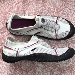 J-41 women's shoes